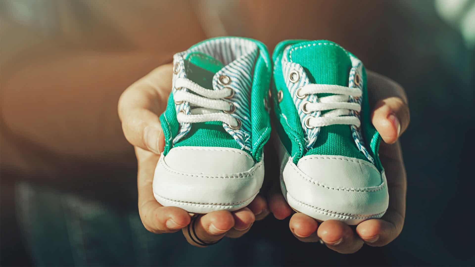 scarpe primi passi quando vanno messe